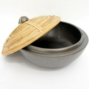 Lombok Cooking Pot With Bamboo Cover