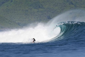Surfing Lombok Outside Ekas